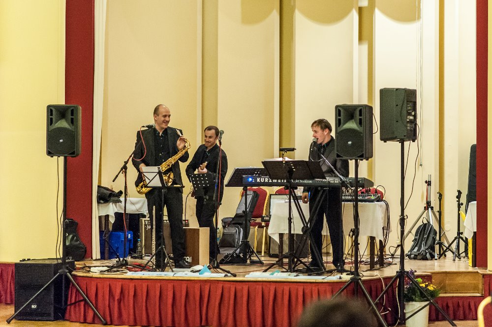 Gurmania Band - ples ZŠ Sv. Voršily 3